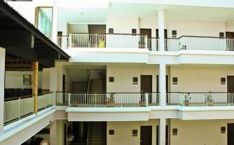 hotel bahamas 3