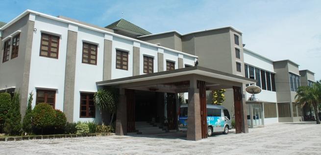 hotel bahamas 4