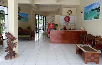 hotel lux melati 2